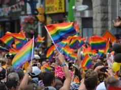 pride-rainbow-crowd
