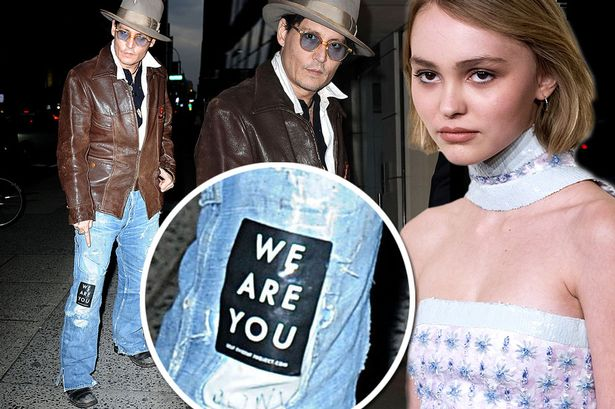 Johnny-Depp-supports-his-daughter
