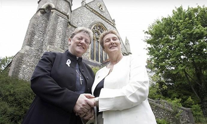 Scottish Episcopal Church Votes To Allow Same