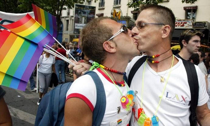 gay advantage