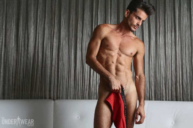 http://www.underwearexpert.com/2016/04/style-guide-black-red/