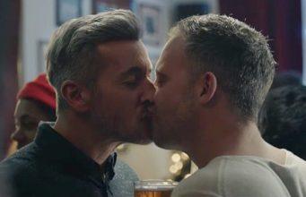 BBC-One-Christmas-Kiss