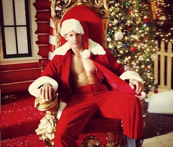 Glee-Santa