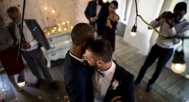 newlywed-gay-couple