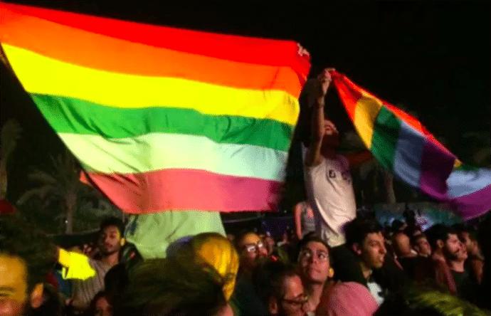 Rainbow_flags