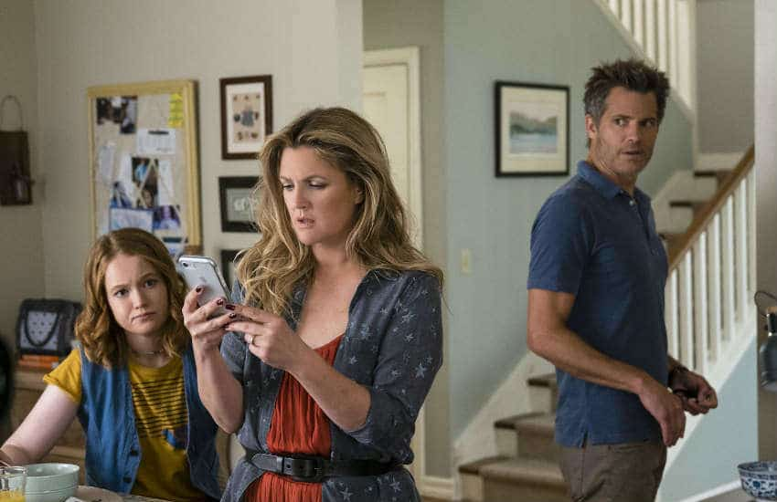 Hewson, Barrymore and Timothy Oliphant in season 3 of Santa Clarita Diet.
