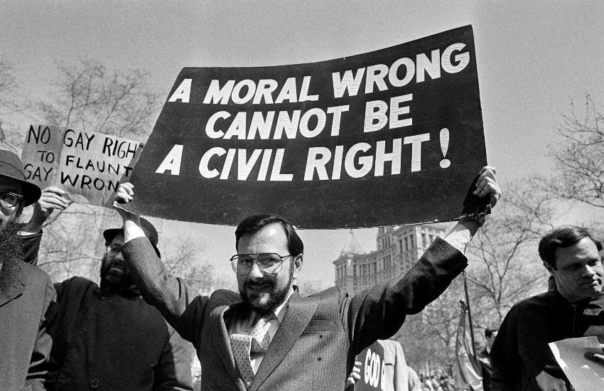 Supreme Court Judge Noach Dear protests against the gay rights bill, 18 March 1986.