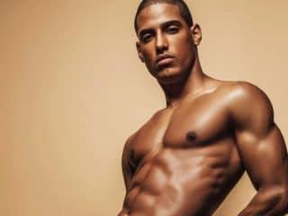 9 Photos Of Venezuelan Model Piter And His Rock-Hard Abs